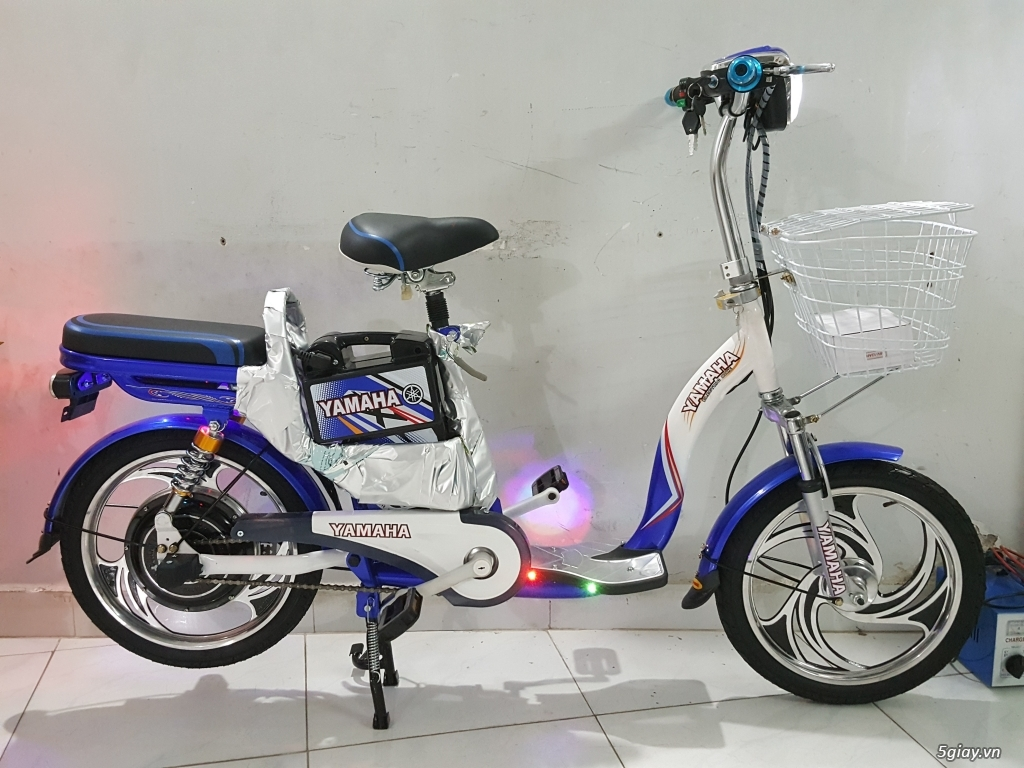 Cần bán 1 xe đạp điện Yamaha 4 bình còn đẹp như mới
