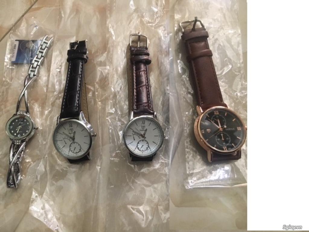 Dọn kho còn 4 cái đồng hồ bán rẻ : mới hoàn toàn