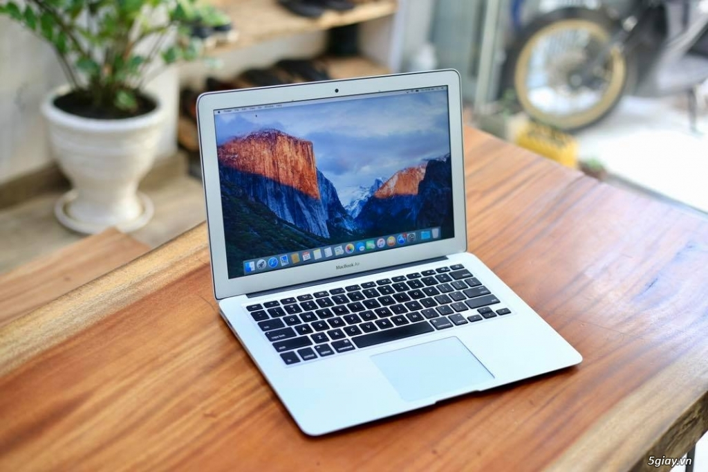bán Macbook Air 13.3 inch 2016 MMGG2 Option I7 - 2.2ghz/ 8GB BH 2020