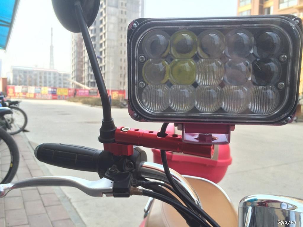 Pat đa năng gắn kính chiếu hậu xe máy - 3