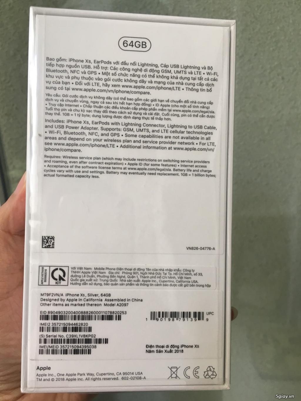 Apple iPhone XS 64 GB Silver, Space gray nguyên Seal Nguyễn Kim - 1