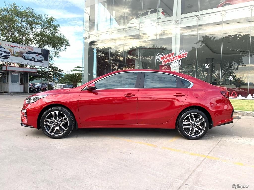 Kia Cerato  all new màu đỏ ra mắt giá chỉ từ 559 triệu !