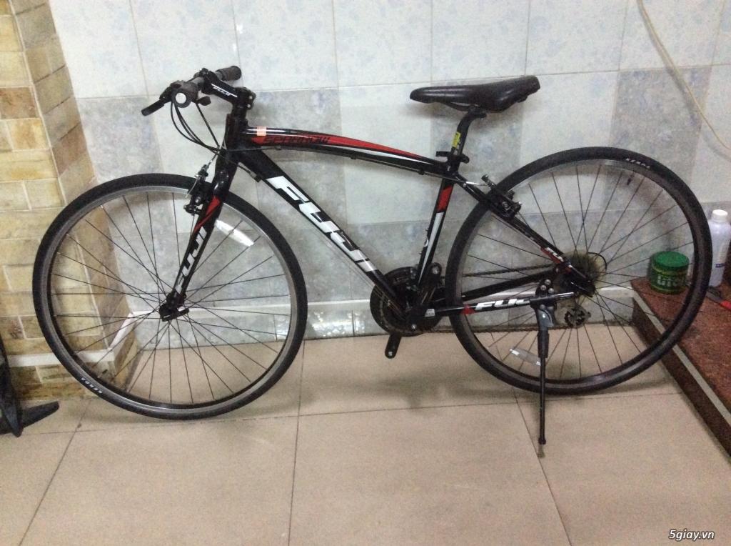 Xe đạp hàng bãi lấy từ Cam