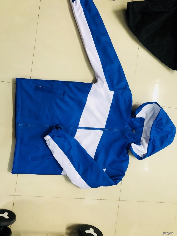 Những mẫu thiết kế áo khoác đồng phục đơn giản hợp cho nam và nữ - 4
