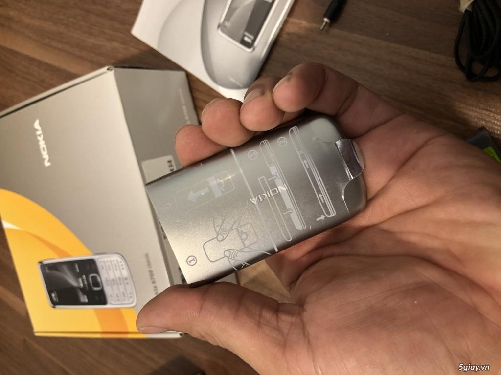 Nokia 6700 classic O2 bạc sần  fullbox new Ship UK - 10