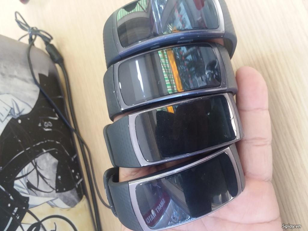 Vòng thông minh Samsung Gear Fit 2- Giá chỉ 1tr