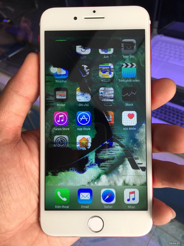 iPhone 7 Plus 32GB màu đỏ, bể màn, còn lên hình, còn cảm ứng - 1