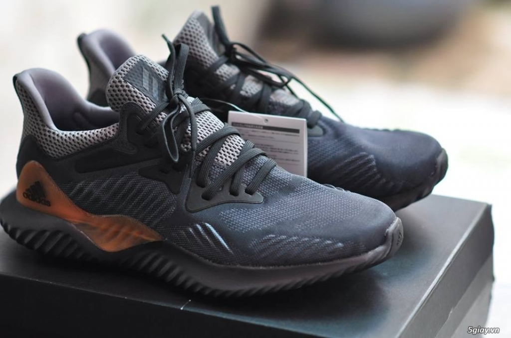 [ Hồ Chí Minh ] Giày Adidas chính hãng