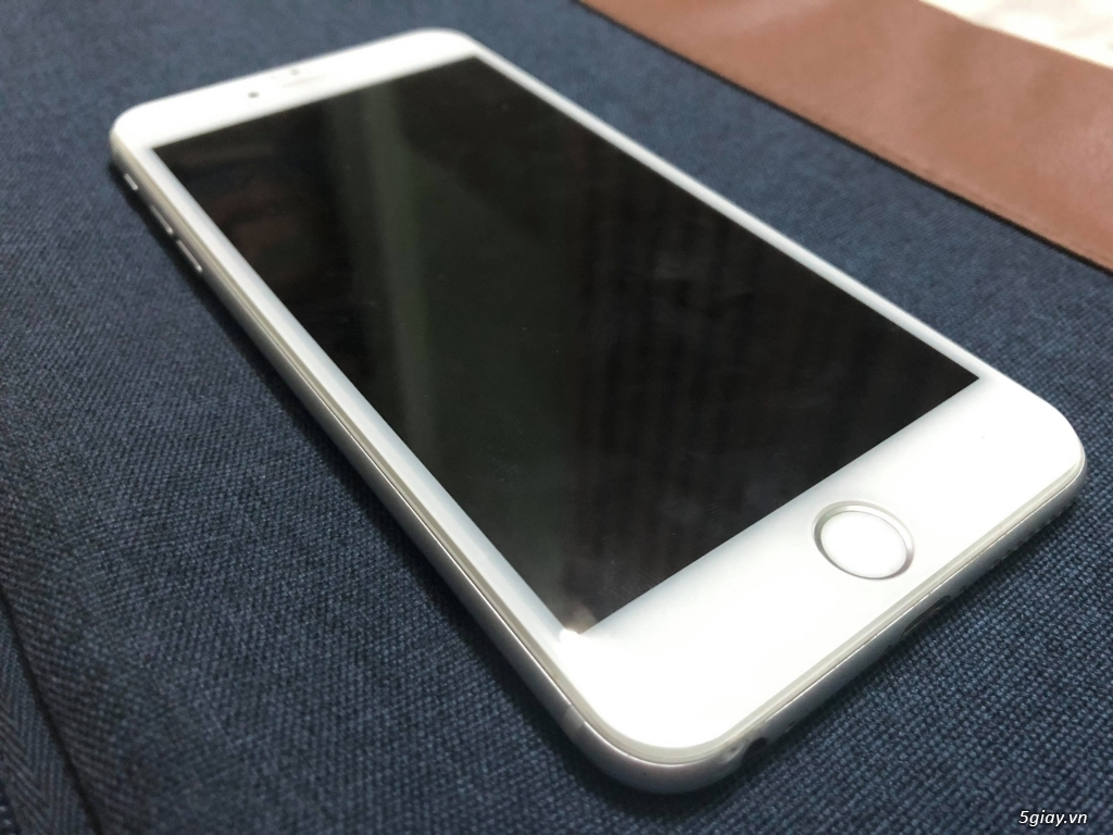 Iphone 6 Plus 16gb Silver nữ xài - 2