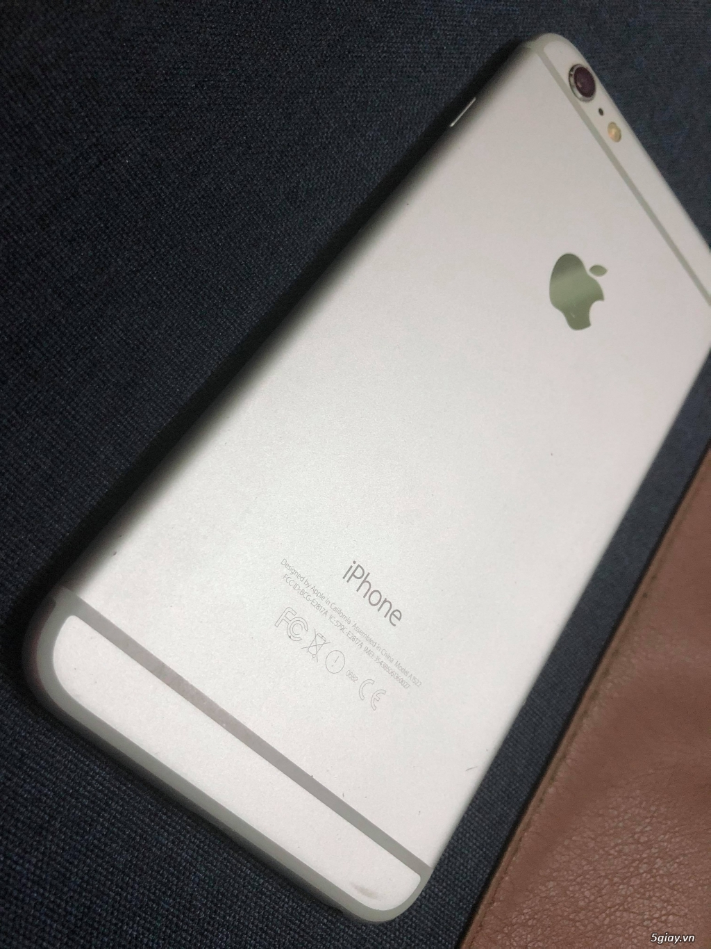 Iphone 6 Plus 16gb Silver nữ xài - 1