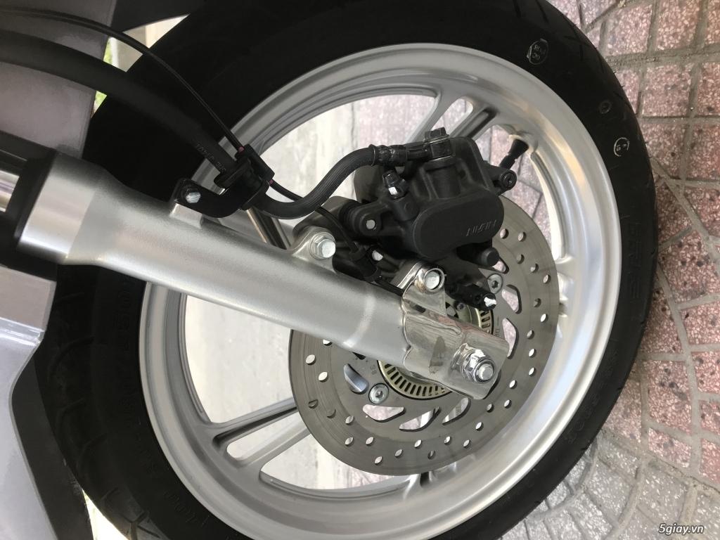 SH 125 ABS bạc đen 1 chủ chạy 2000km mới 99% - 14