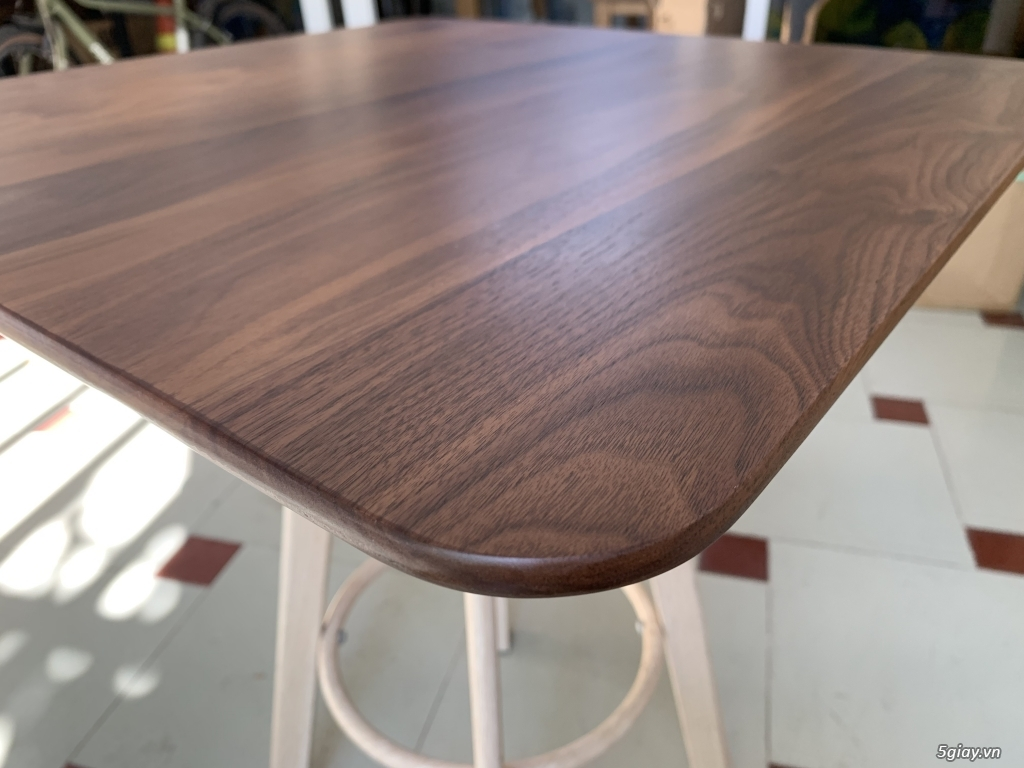 Bộ bàn học gỗ Óc Chó nhập khẩu - 1