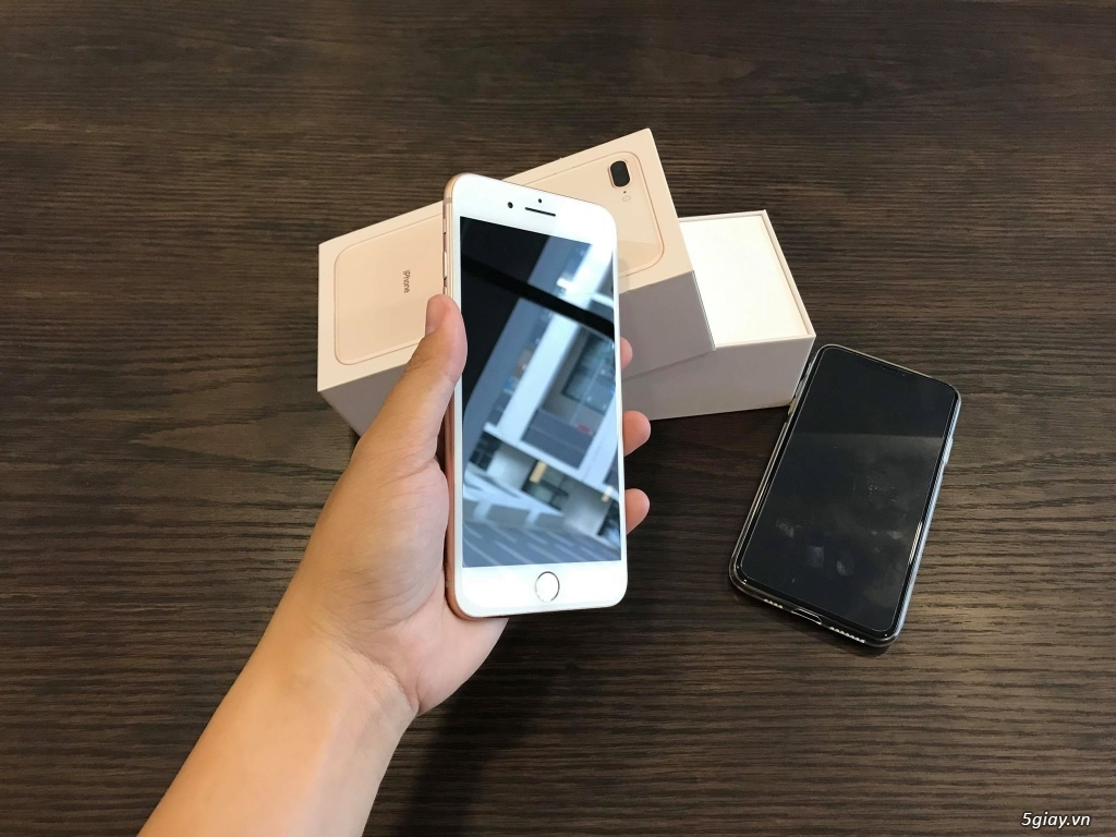 IPHONE 8 PLUS 256GB 99% Đẹp có BOX