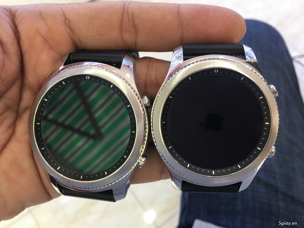 Samsung Gear S3 Classic- Likenew 99% - 2