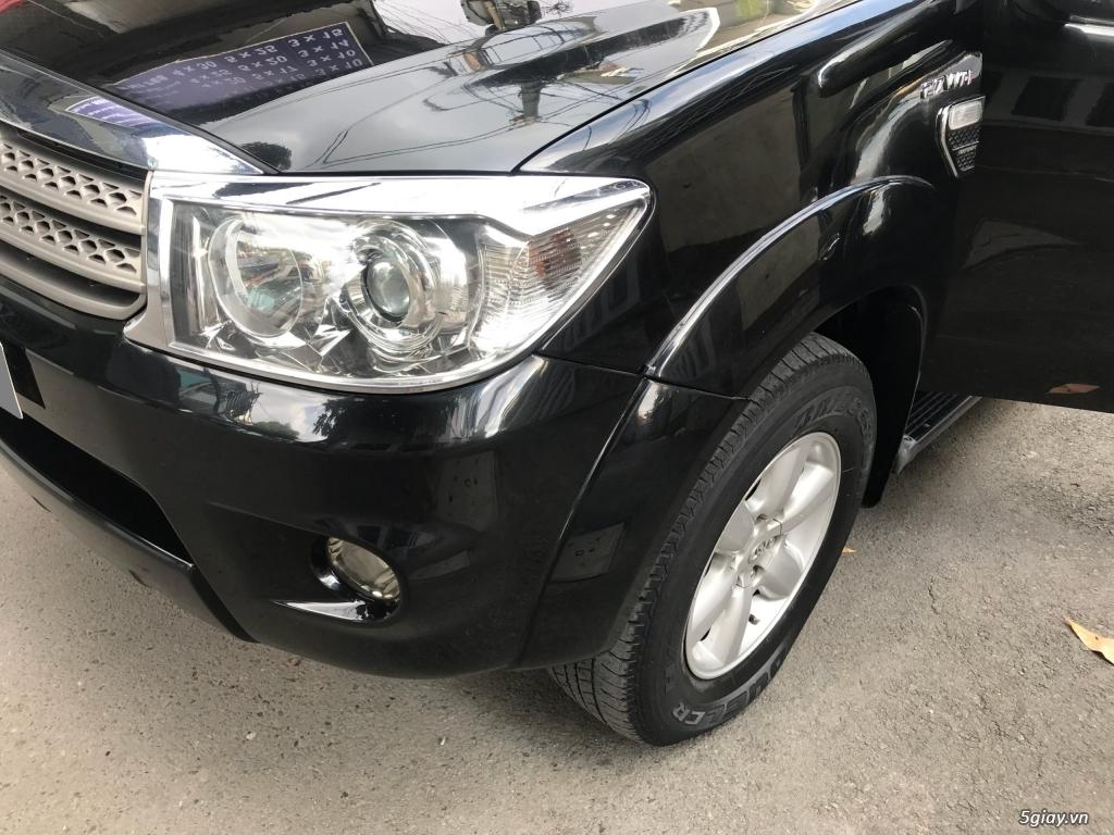 Cần bán xe Toyota Fortuner V 2011 máy xăng, số tự động - 5