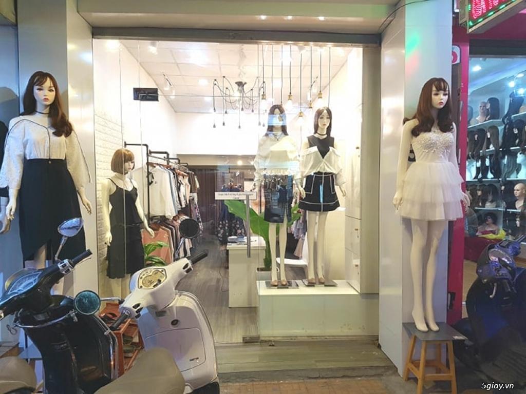 Sang shop thời trang nữ đường cách mạng tháng 8