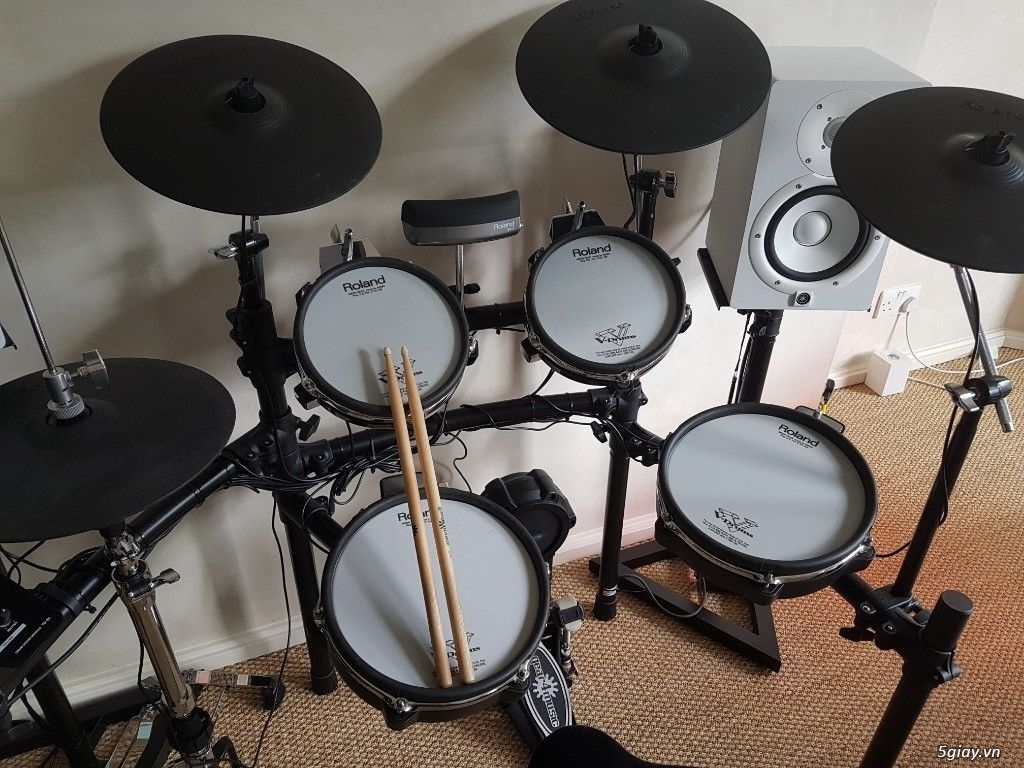 Roland Drums used, like new & Brandnew - 2