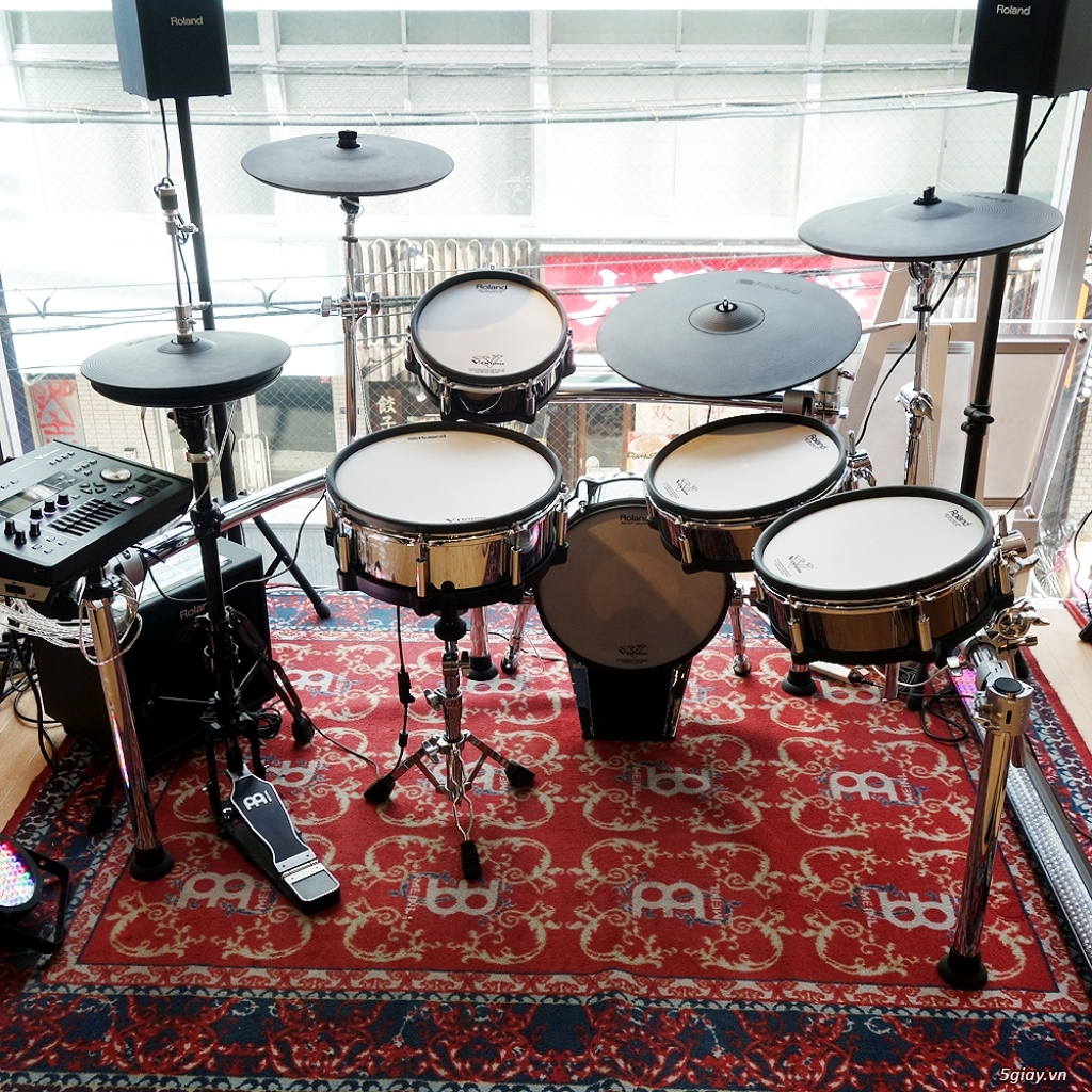 Roland Drums used, like new & Brandnew - 11