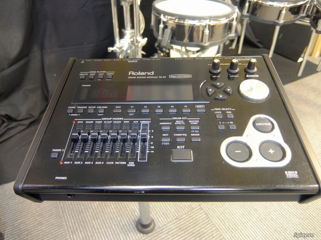 Roland Drums used, like new & Brandnew - 6