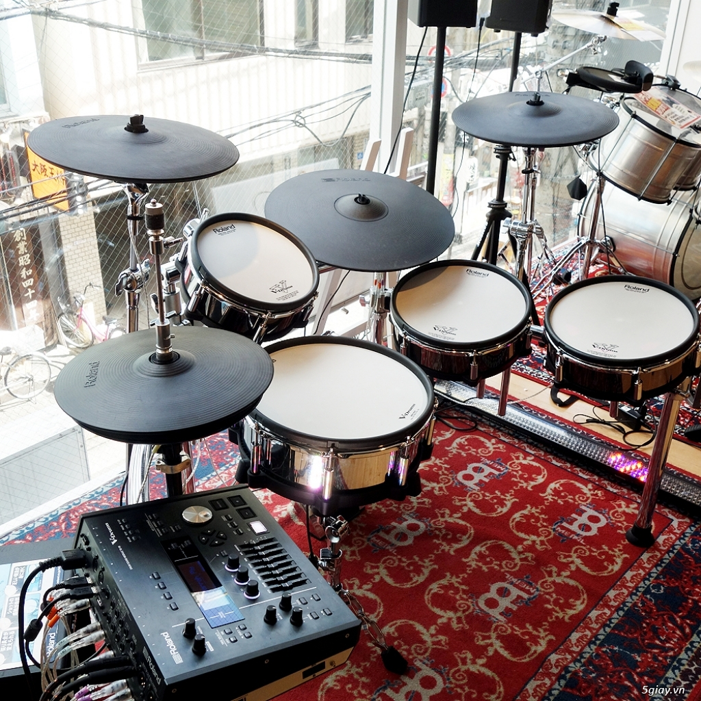 Roland Drums used, like new & Brandnew - 15