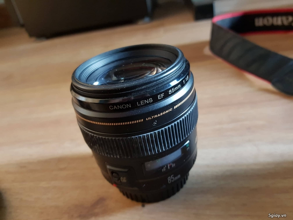 2 body Canon 7D và 3 ống kính canon