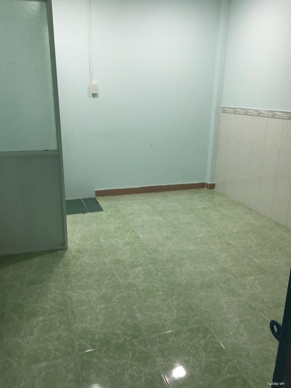 Cho thuê nhà rộng thoải mái (1 lầu) gần chợ Tân Sân Nhất giá rẻ - 4