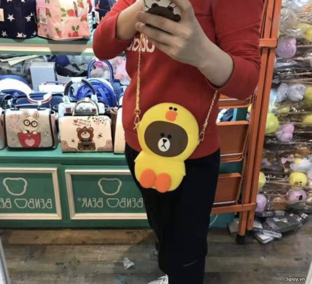 Túi đeo chéo Gấu Brown Linefriend - Túi Hình con Heo con vịt - 11