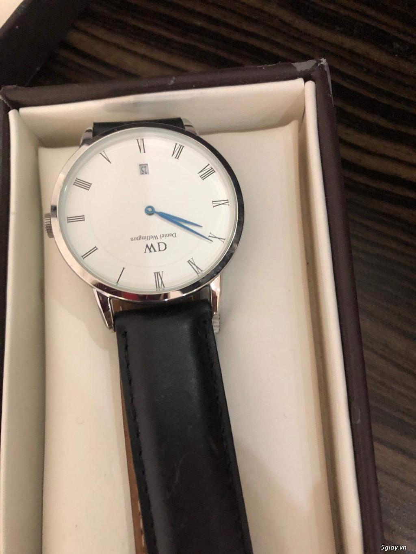 Pass đồng hồ DW xách tay giá mềm