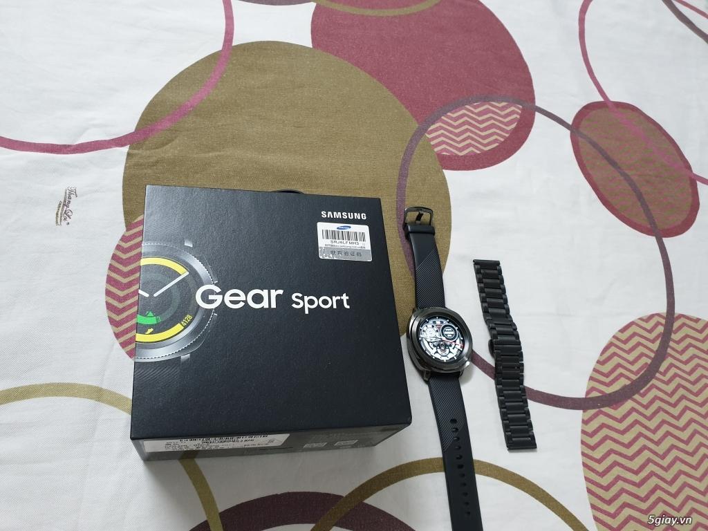 Gear s3 Sport đẹp 99,99% fullbox mới đeo 2 lần + note 9