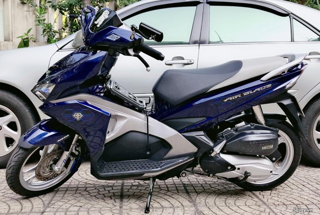 Bán xe Honda AirBlade 2017 FI 125cc, xe trùm mềm chính chủ