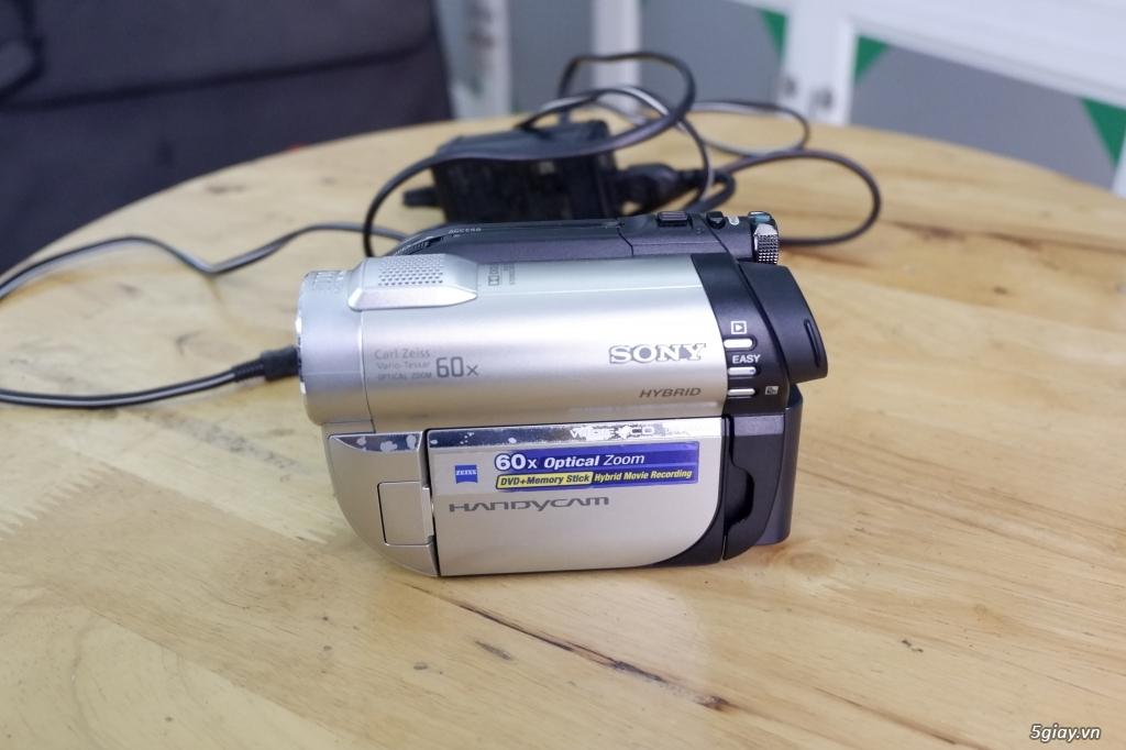 Máy quay phim DVD Sony Handycam DCR-DVD650E - 2