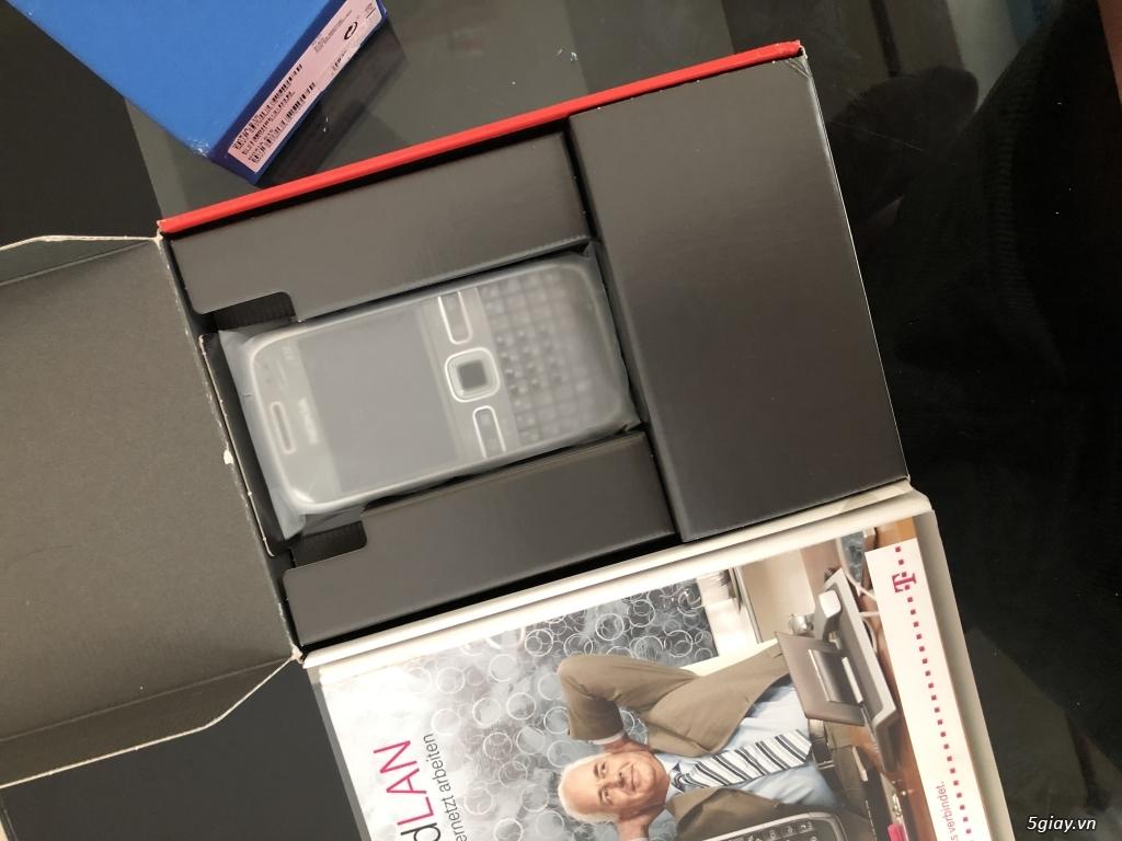 Siêu phẩm : Nokia E72 Grey T- Mobile Germany new nguyên hộp chưa sd - 5