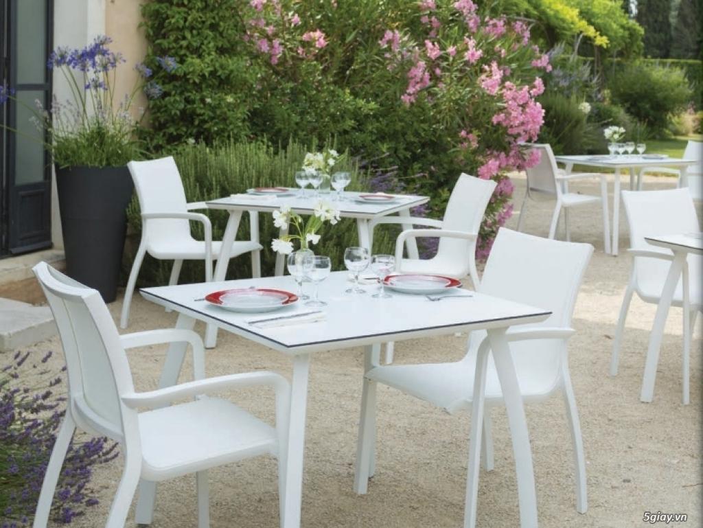 Bàn ghế ngoài trời, bàn ghế sân vườn nhập khẩu Pháp - 1