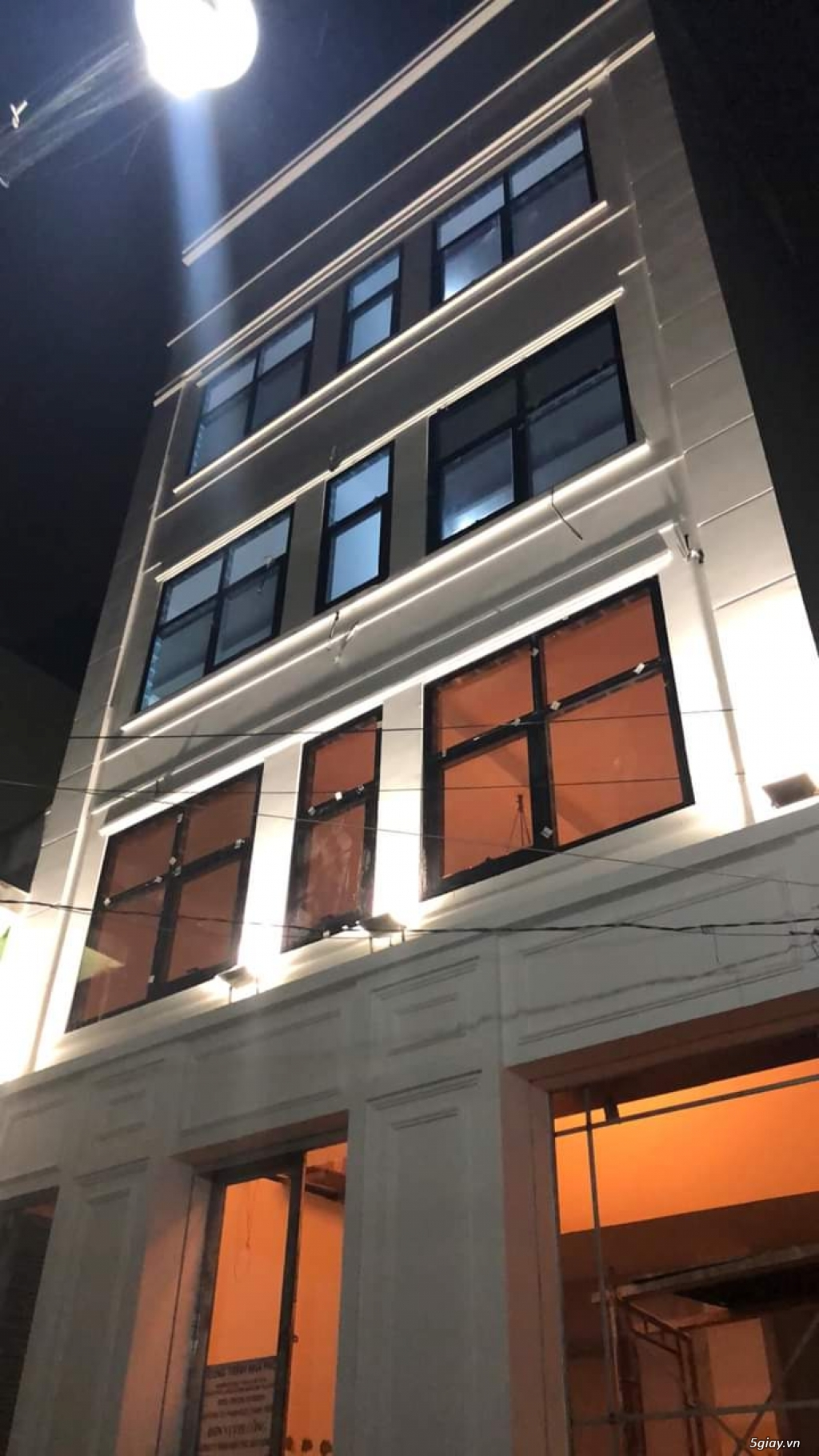 Bán nhà như hình, DT 8x40, nhà kinh doanh trọ, có 48 phòng, giá 5 tỷ - 1