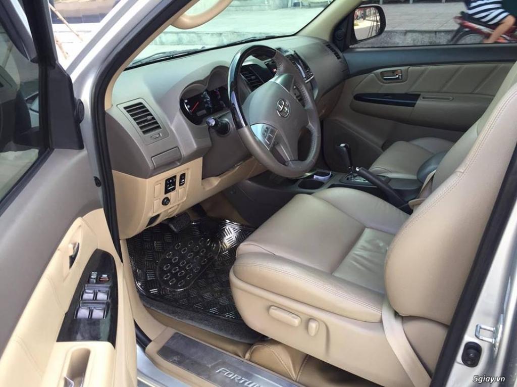 Toyota Fortuner V 2013 số tự động máy xăng, màu bạc - 4