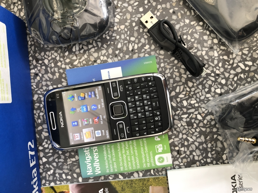 Siêu phẩm Nokia E72 Zodium black navi Box lớn Brandnew ship UK - 46