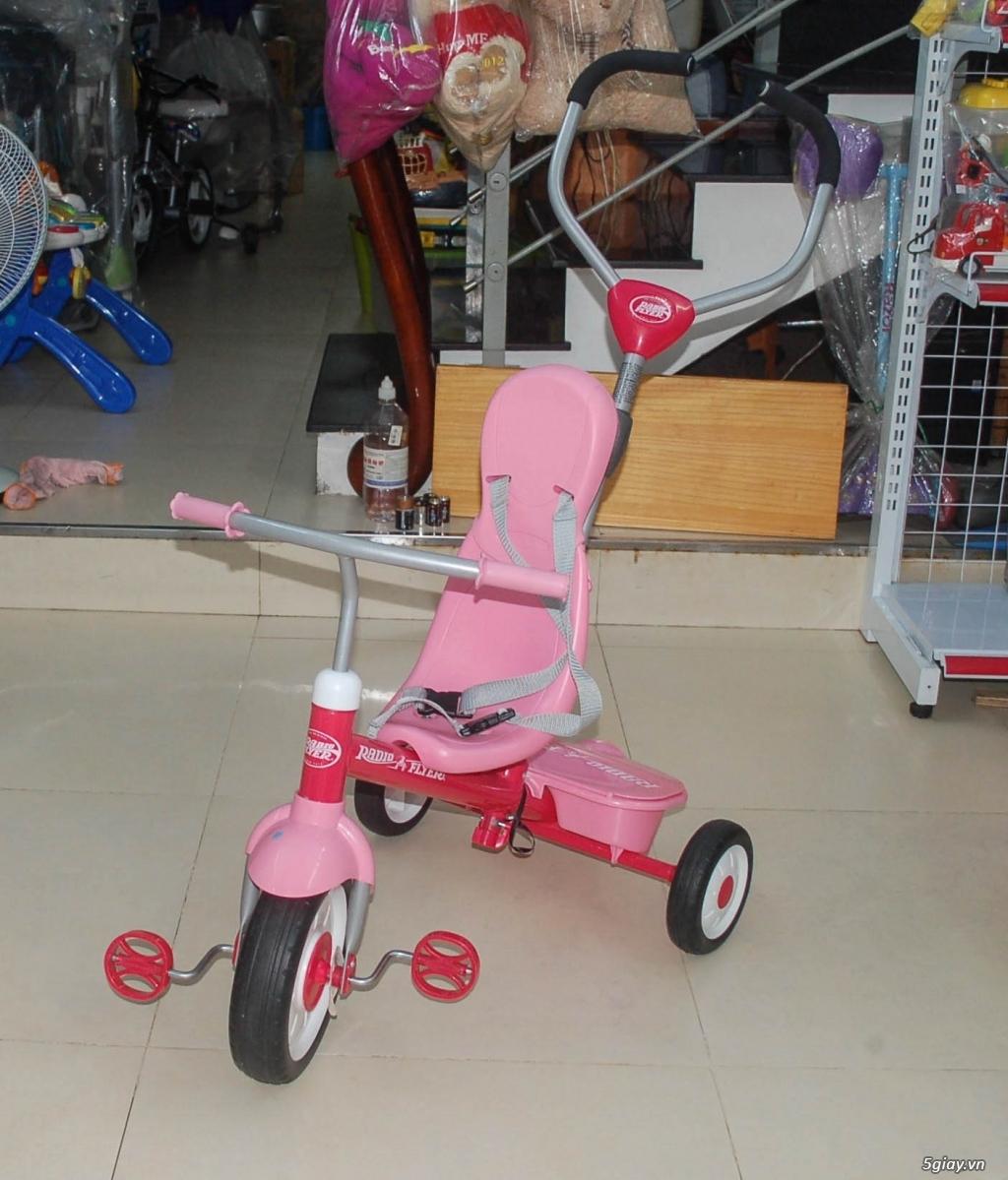 Xe 3 bánh - Ghế nôi đa năng Combi - Aprica - Baby Trend