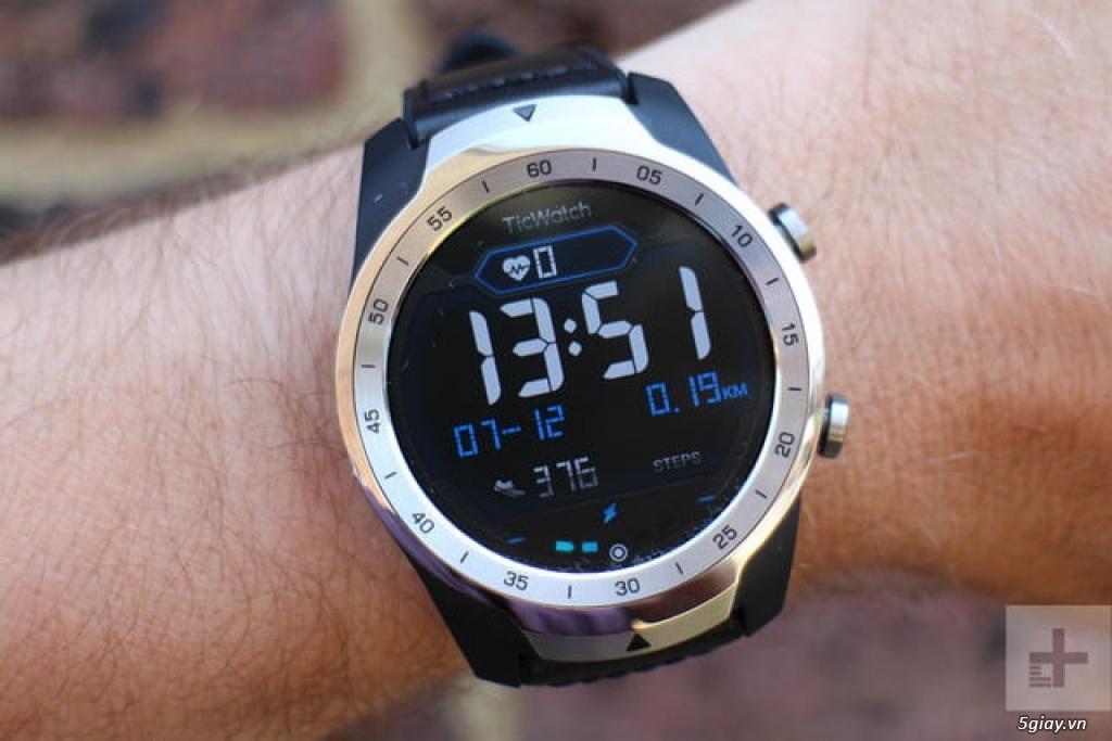 smart watch Ticwatch pro fullbox 99.99% cực chất đi nhanh!!