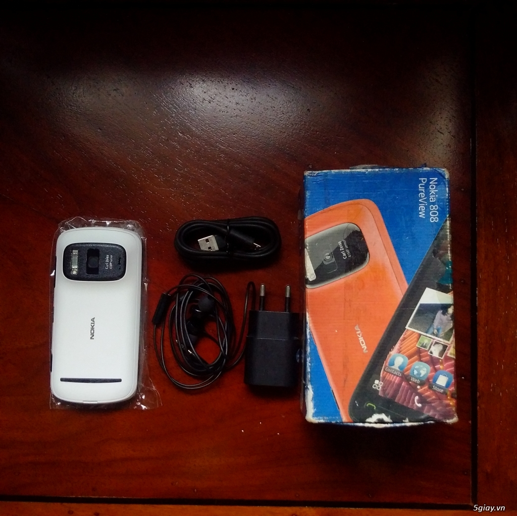 Nokia 808 Pureview Fullbox