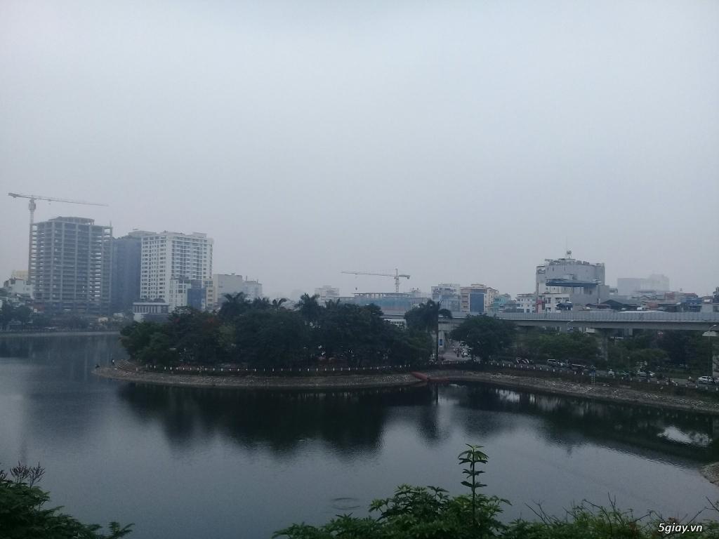 Cho thuê 240m2 nhà mặt hồ Hoàng Cầu