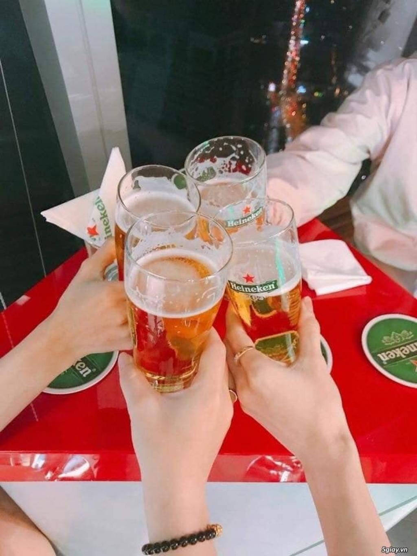 Đổi vé uống bia heneiken tại Bitexco- anh em có gì hay đổi cho mình giao lưu nha