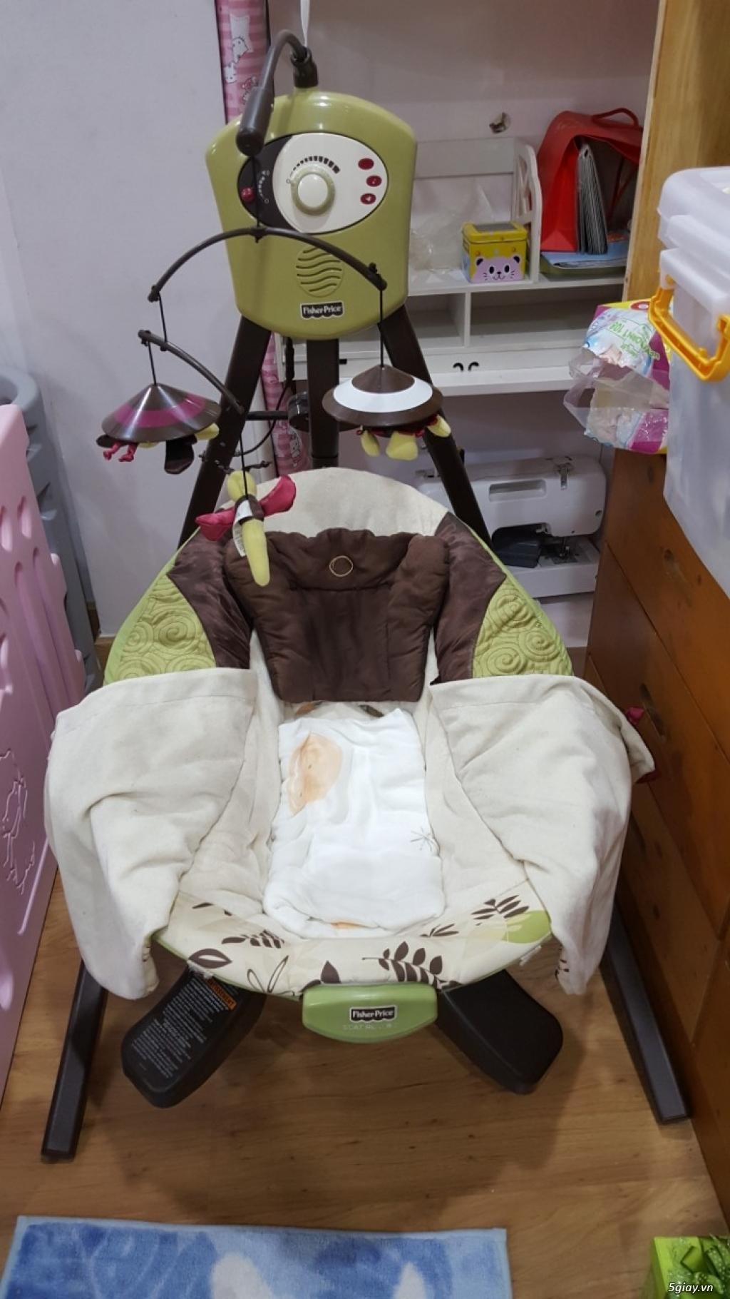 Thanh lý Nôi rung FisherPrice Zen Collection Cradle Swing, bộ quây cũi
