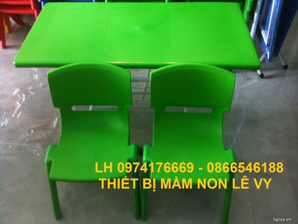 Bàn ghế dành cho mầm non giá rẻ - 2