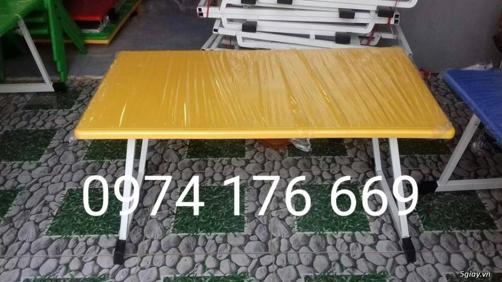 Bàn ghế dành cho mầm non giá rẻ - 1