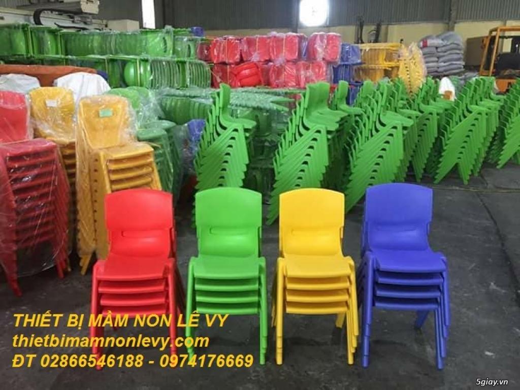Bàn ghế dành cho mầm non giá rẻ - 3