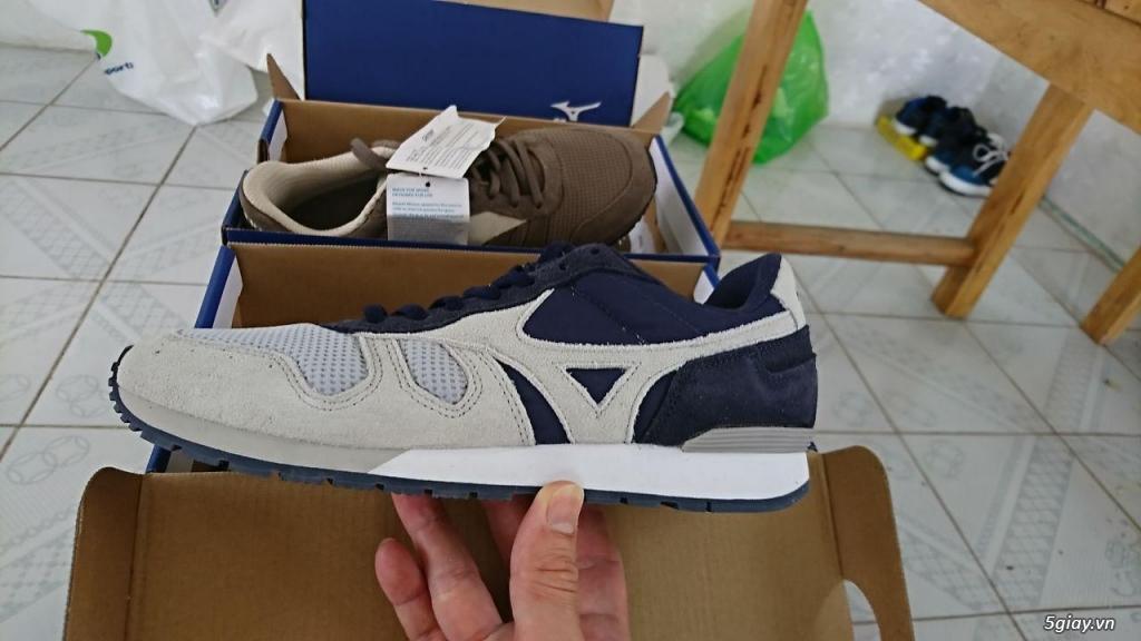 Cần bán giày thể thao Mizuno nữ size 38 chính hãng mới 100%