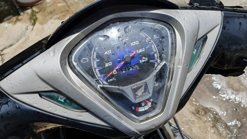 Honda Air Blade 2011 cũ cần bán - 5