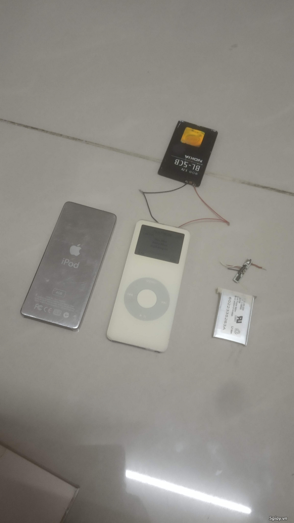 iPod nano gen 1 và tai bluetooth cho dân sưu tầm - 1
