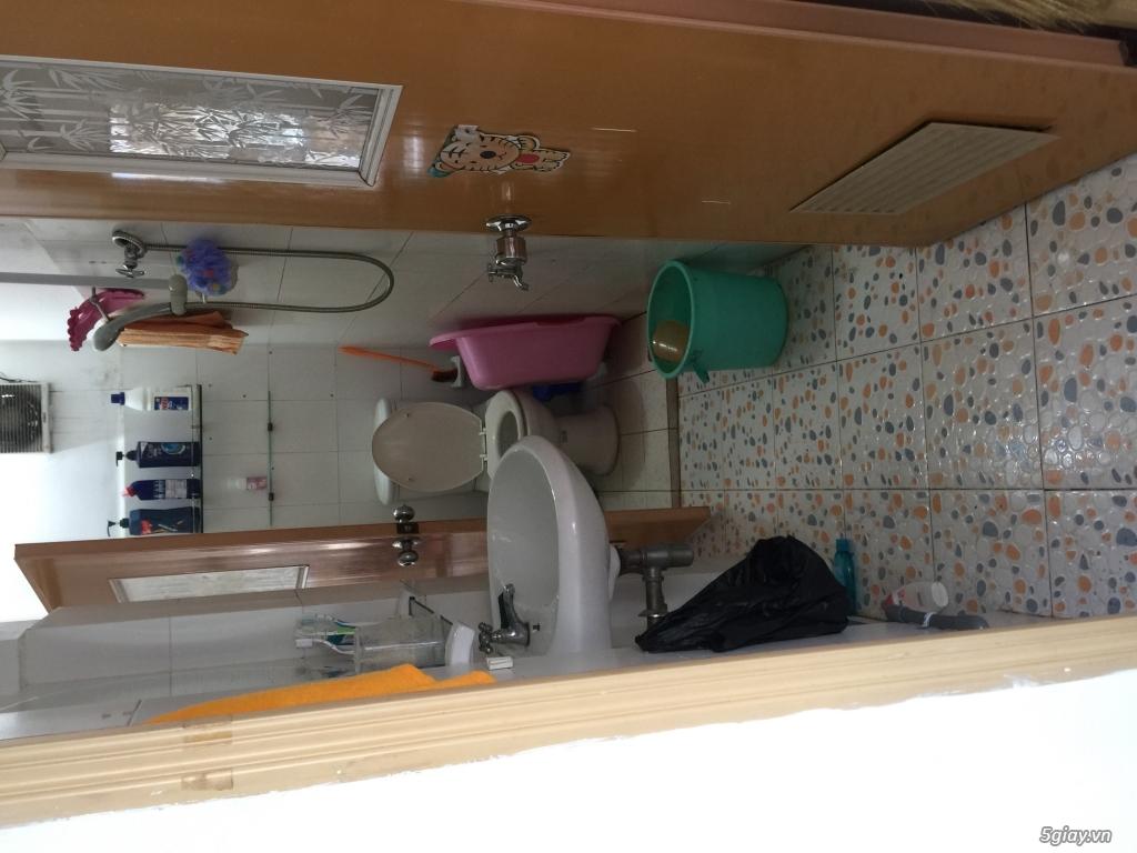Cho nữ thuê 1 phòng mặt tiền quận 3,kế siêu thị, có ban công, toilet - 2
