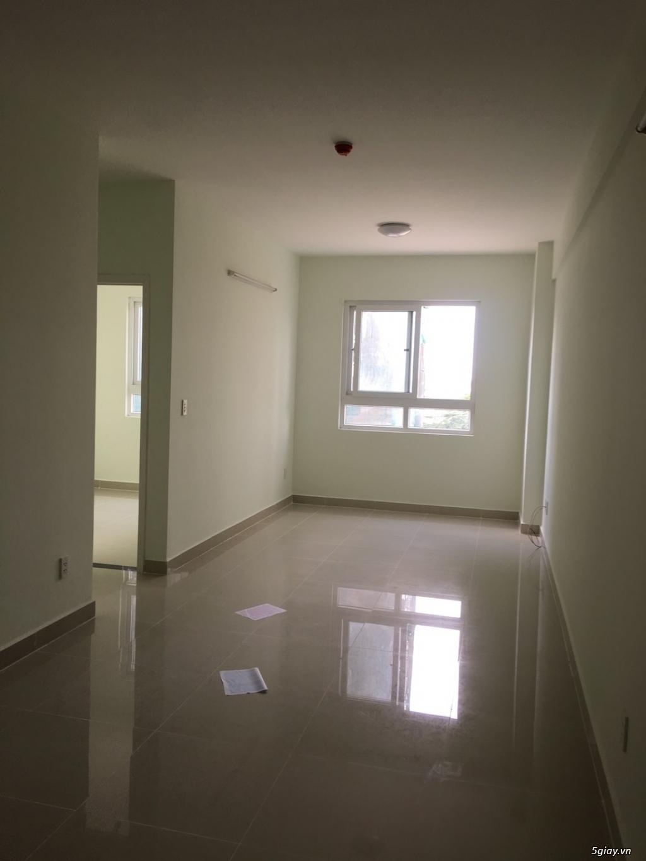 Cho thuê căn hộ Topaz Q8 2pn lầu 15 view Đông Nam thoáng mát